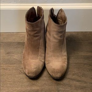 Neutral / camel ankle booties